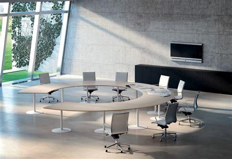 uffici di scrivanie ufficio moderne e di design