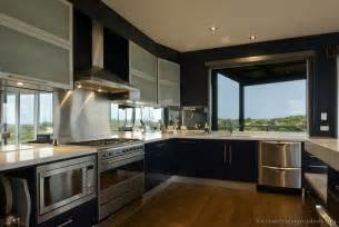 Modern Kitchen Design by Modern Kitchen Designs Gallery Of Pictures And Ideas