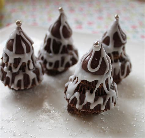 mary nersessian frosty peanut butter cup christmas trees