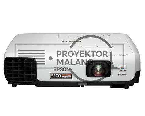 Proyektor Epson X200 rental lcd proyektor di malang