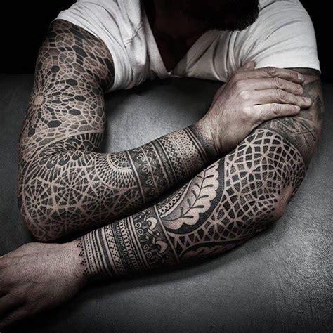 tattoo geometric dots 165 best dot work tattoo images on pinterest geometric