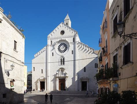 of bari bari cathedral