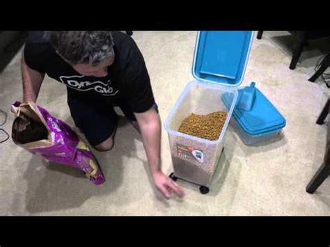 Makanan Kucing Kit Cat Up The Flutd Care 5kg bozita and le chat cat food review doovi