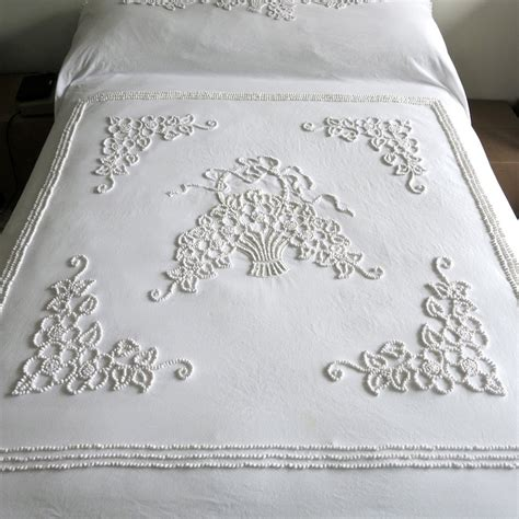 French Knot Bedspread Pattern   vintage whitework bedspread candlewicking french knots