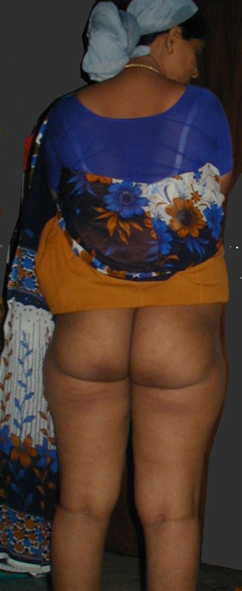 Desi Nude Back in Saree