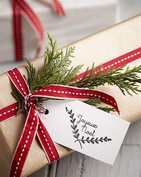 wrapping a gift wrap it up holiday gift wrapping ideas the spiffy company