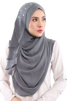 Jilbab Terkini babesandbasicloop instant shawl by naelofarhijab best shawl and hijabs ideas