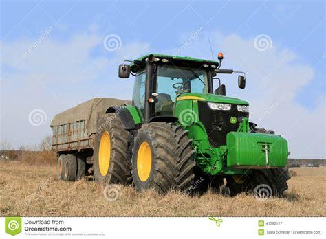 si鑒e tracteur agricole tracteur de deere 7280r et remorque agricole