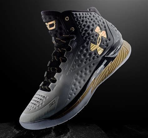 Schuhe Stephen Curry 2015 Schuhe Armour Curry 3 C 163 167 here s steph curry s armour mvp sneaker sole