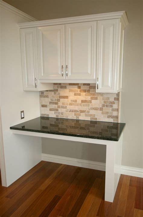 Kitchen Counter Desk by 25 Best Ideas About Kitchen Desk Areas On