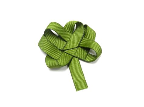 ribbon shamrock instructions lovely woven ribbon clover bowdabra blog