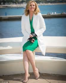 hot sea ladies bags kim cattrall spoils her green goddess look with leather