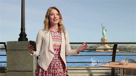 liberty mutual commercial actress pitch perfect liberty mutual actress pitch perfect liberty mutual