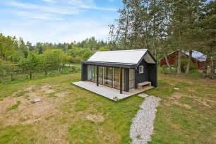 Covered Front Porch Plans modern scandinavian tiny house by simon steffensen