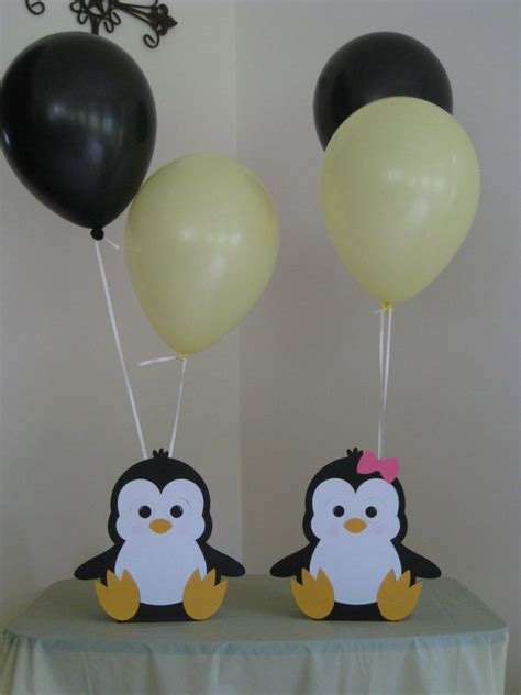 Penguin Baby Shower Decorations by Best 25 Penguin Baby Showers Ideas On Winter