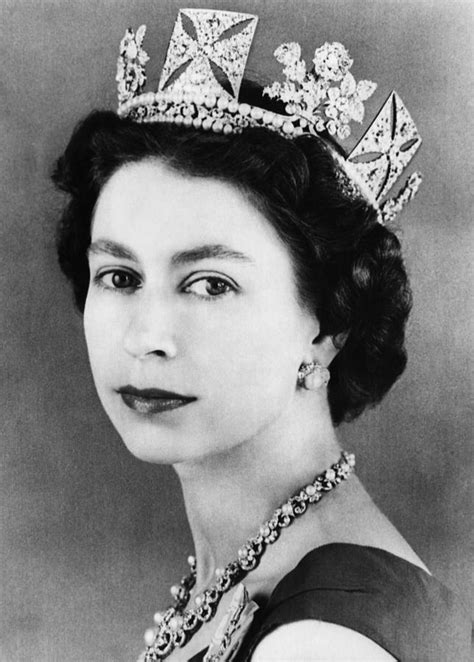 British Royalty. Queen Elizabeth II Photograph by Everett