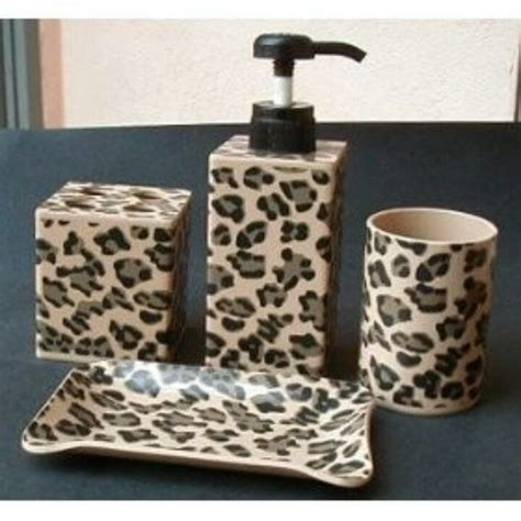 Leopard Bathroom Ideas Best 25 Leopard Print Bathroom Ideas On Pinterest Cheetah Print Bathroom Leopard Bathroom