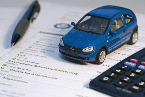 Erstes Auto Versicherung Kosten by So Sparen Fahranf 228 Nger Bei Der Kfz Versicherung Autobild De