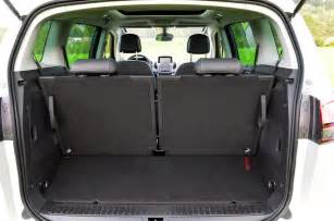 Opel Zafira Boot Space Vauxhall Zafira Tourer 2 0 Cdti Review Autocar