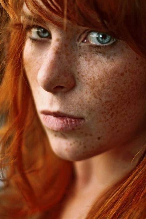 red headed woman freckles freckled redhead face pinterest