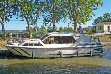 kosten ligplaats woonboot woonboot le boat tamaris friesland huren jacht charter