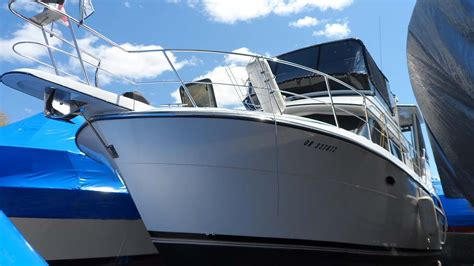 model boats toronto sold 1990 carver 3608 motor yacht for sale in the