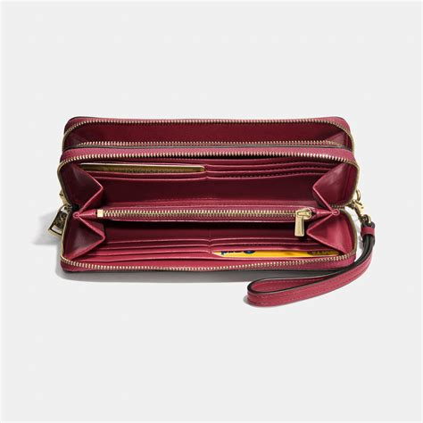 Dompet Coach Original Coach Accordion Zip Wallet Black Flower coach accordion zip wallet in smooth leather in light gold black cherry lyst