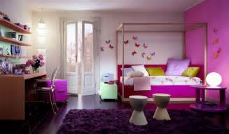 Cute Bedroom Decorating Ideas by Top Model House