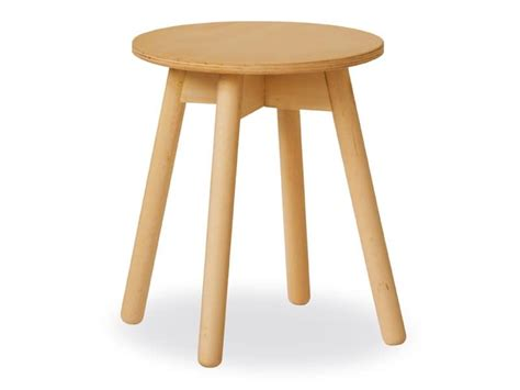 simple table in beech with plywood top idfdesign