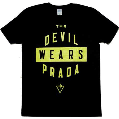 Kaos Acdc Logo Tshirt Gildan Softstyle the wears prada logo shirt
