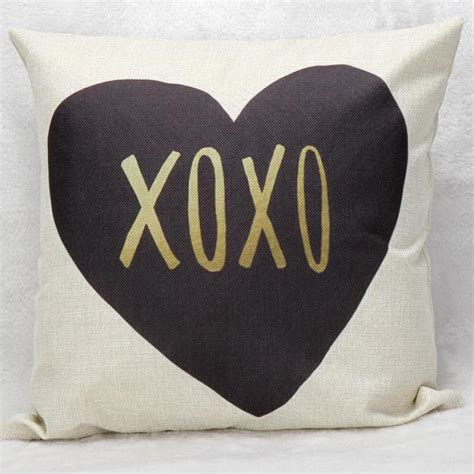 Simple Pillow by 2016 New Design Simple Shaped Alphabet Decorative