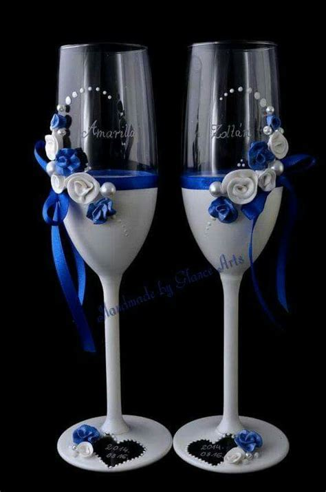 Royal blue and white wine glasses #wedding   decor