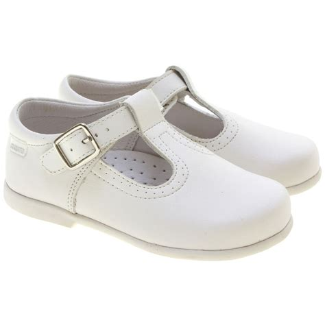 white t bar shoes in matt leather cachet