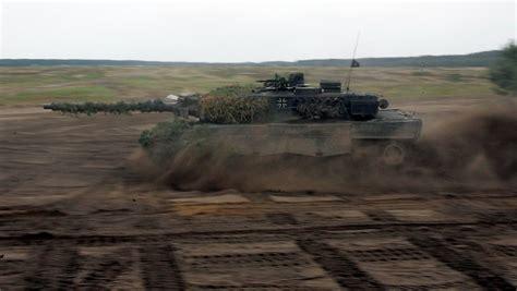 Auto Aus Zweiter Hand Deutschland by Quot Leopard 2 Quot Aus Zweiter Hand Bundeswehr Kauft Alte