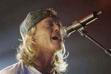 Detox Singer by Puddle Of Mudd Singer Wes Scantlin Struggle With