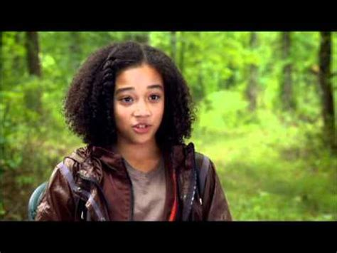 hunger games hairstyles rue the hunger games cast interview amanda stenberg a perfect