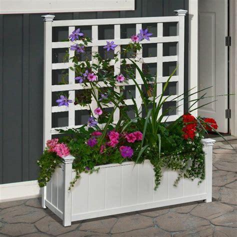 Plastic Garden Planters With Trellis by Best 25 Plastic Planter Boxes Ideas On