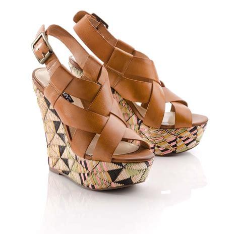 tribal pattern wedges diane wedge i love them my style pinterest