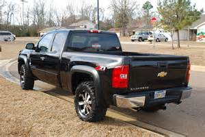 chevy silverado 1500 with new ultra wheels is just right