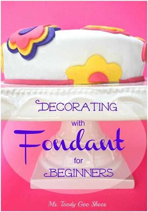 ideas  beginner cake decorating  pinterest cake decorating tools cake making
