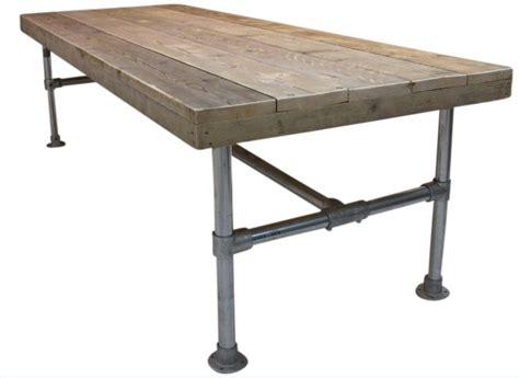 oude steigerhouten salontafel tafel steigerbuis met een oud steigerhouten blad