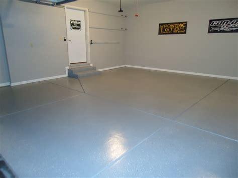 Garage Floor Molding by Epoxy Garage Floor Coating Painted Walls And Trim
