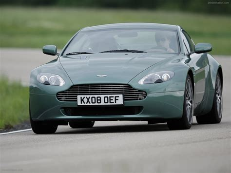 2009 Aston Martin V8 Vantage by 2009 Aston Martin V8 Vantage Coupe Car Image 04 Of