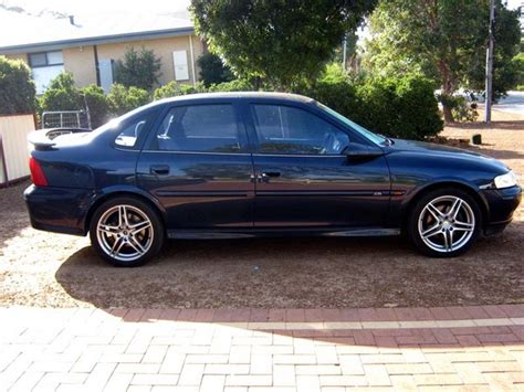 holden vectra 2002 holden vectra cd 2002 cadillac