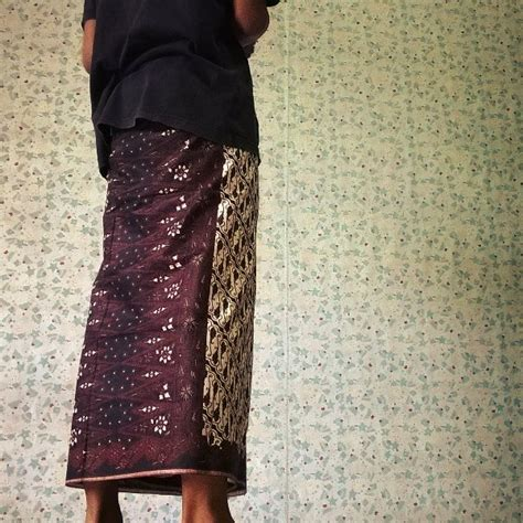 Kaos Katun Djogja Djogja Djogja Kaos Souvenir Jogja jual sarung batik unik motif pekalongan dan jogja di lapak djogja sultanbarunaa