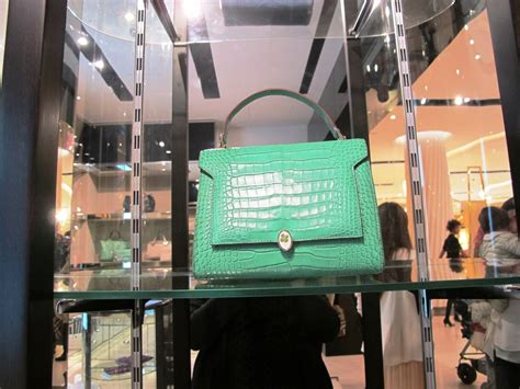 Anya Hindmarch Launches New Website by Anya Hindmarch Boutique Launches Harveynicholskuwait
