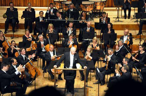 symphony of the symphony orchestra the free encyclopedia