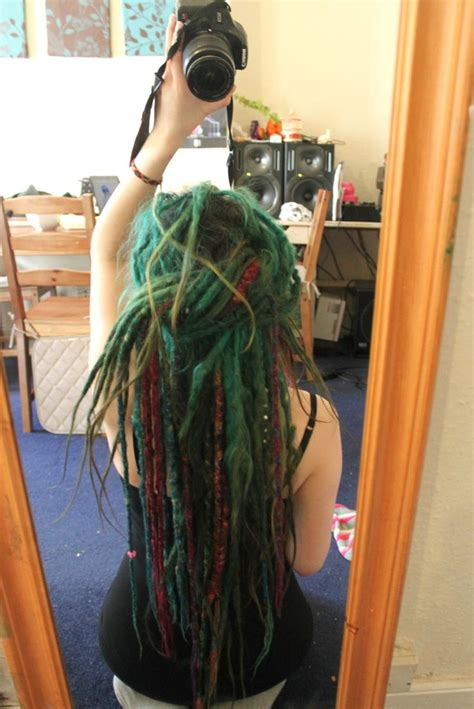 25 best ideas about synthetic dreads on pinterest 25 best ideas about wool dreads on pinterest dread hair