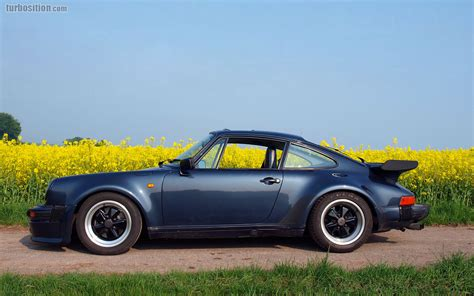 porsche 930 turbo blue porsche 930 prussian blue metallic porsche of the month
