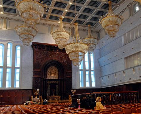 Interior Of A Synagogue by Panoramio Photo Of Jerusalem Belz Great Synagogue